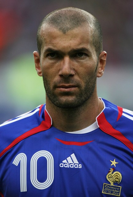 PARIS – MAY 27:  Zinedine Zidane of France looks on during the international friendly match between France and Mexico at the Stade de France on May 27, 2006 in Paris, France.  (Photo by Clive Brunskill/Getty Images)