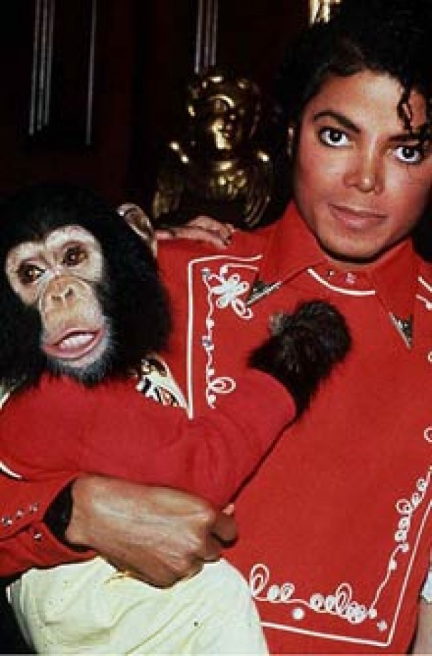 michael-jackson-with-bubbles-the-chimpanzee