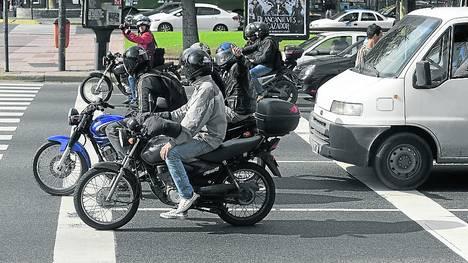Motoqueros-Julio-detencion-Gobierno-Ciudad_CLAIMA20120529_0043_22