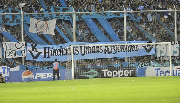 bandera-hinchas-barras-barrabrava-hinchadas-unidas-argentinas