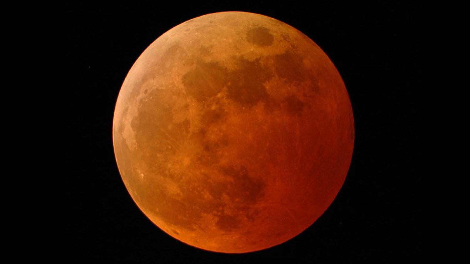 luna roja1