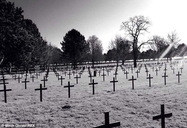 fantasma en el cementerio