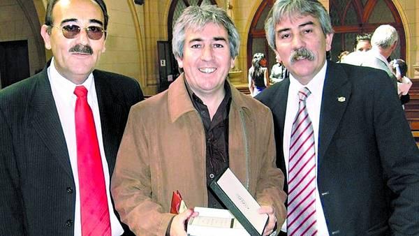 Los Zacarías juntos. Máximo (izq.) junto a Rubén (ex jefe de Protocolo de Néstor Kirchner) y Miguel (derecha).