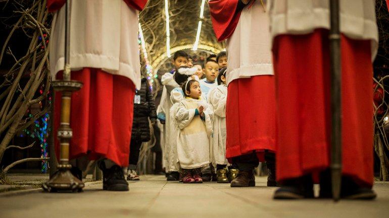 Cristianos rezan en China