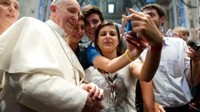 El Papa, protagonista de miles de selfies este año