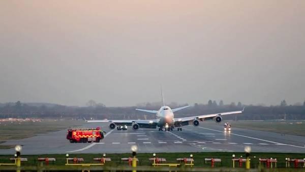 Susto-Boeing-aeropuerto-Gatwick-problemas