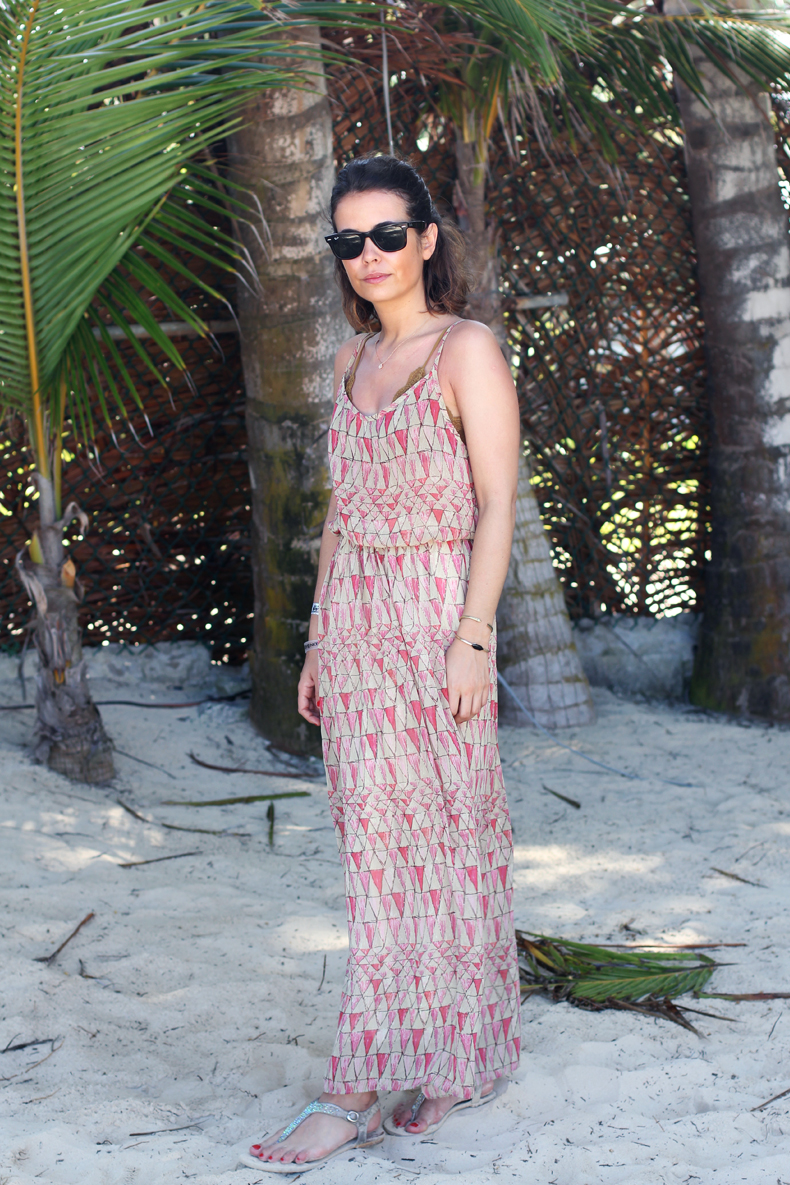 1362974038Bavaro_Beach-Long_Dress-Outfit-Street_Style-Summer_Outfit-5