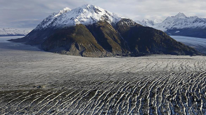 Glaciar de Yakutat durante un vuelo sobre el sureste de Alaska