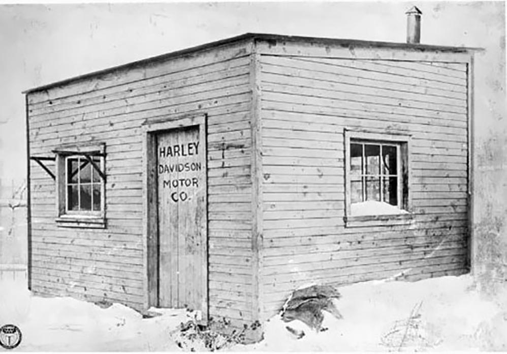 Primera fábrica de la Harley Davidson, 1903
