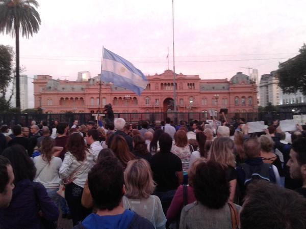 plaza_de_mayo_19E (2)