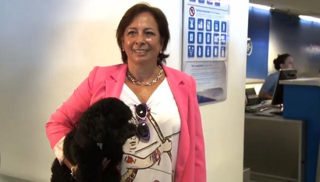 Silvia-primera-pasajera-Aerolíneas-con-perro