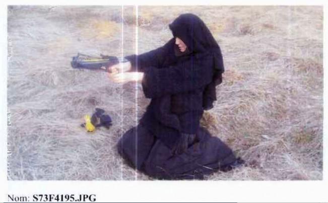 terrorista-y-novia