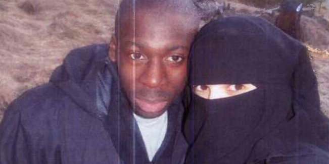 terrorista-y-novia3