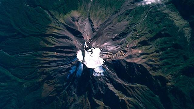 volcan-calbuco-espacio