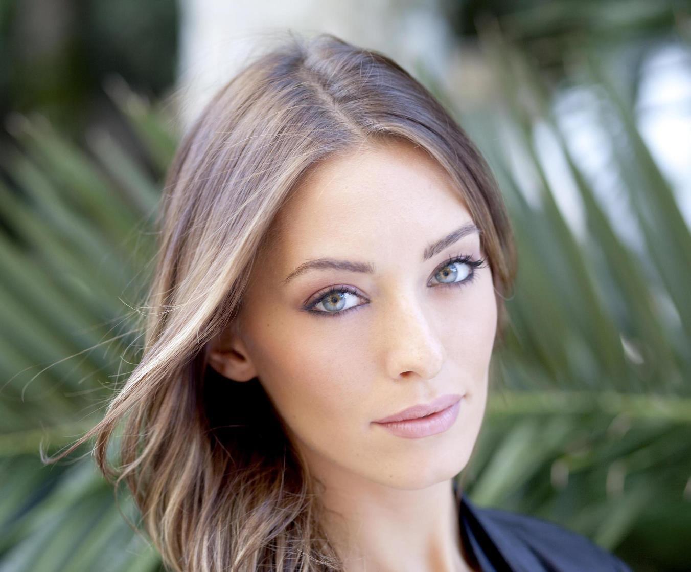 Alessia Tedeschi, Miss Tv Sorrisi e Canzoni 2011, foto distribuita il 4 maggio 2012. +++EDITORIAL USE ONLY - NO SALES+++ ANSA/UFFICIO STAMPA MISS ITALIA