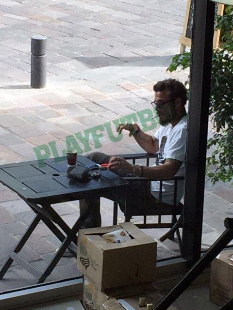 Daniel Osvaldo fumando