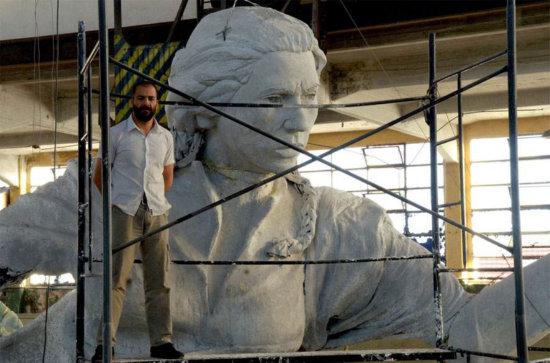 estatua-juana-azurduy