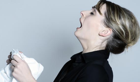 Estornuda