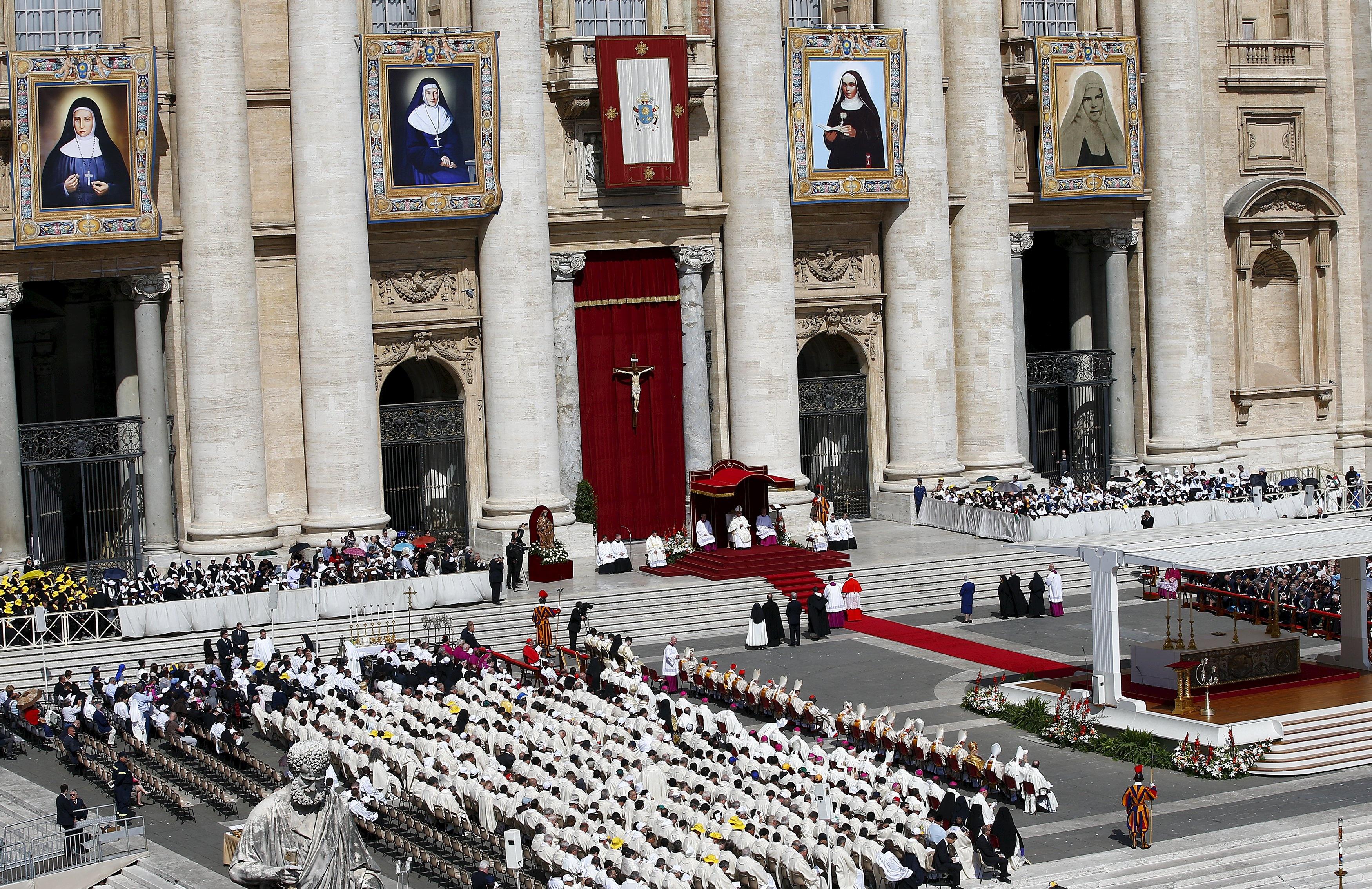 Papa Francisco Canonizacion monjas Palestinas 2