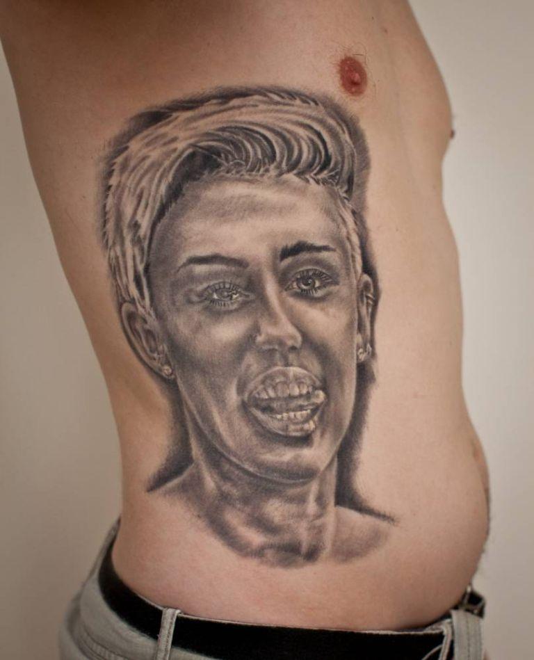miley cyrus tatto