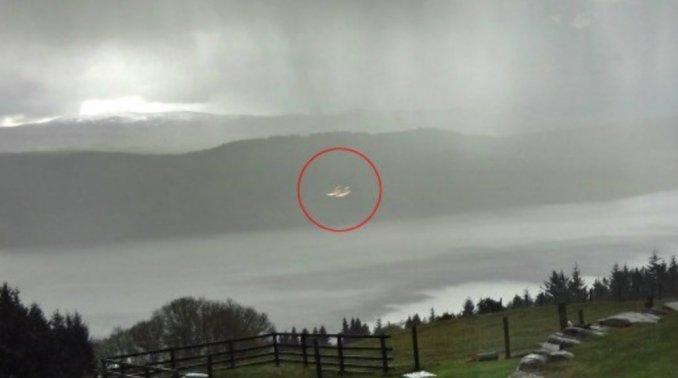 Ovni Lago Ness 1
