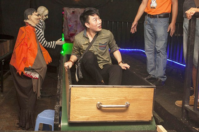 Cremation Rides A Halloween Hit At Theme Park