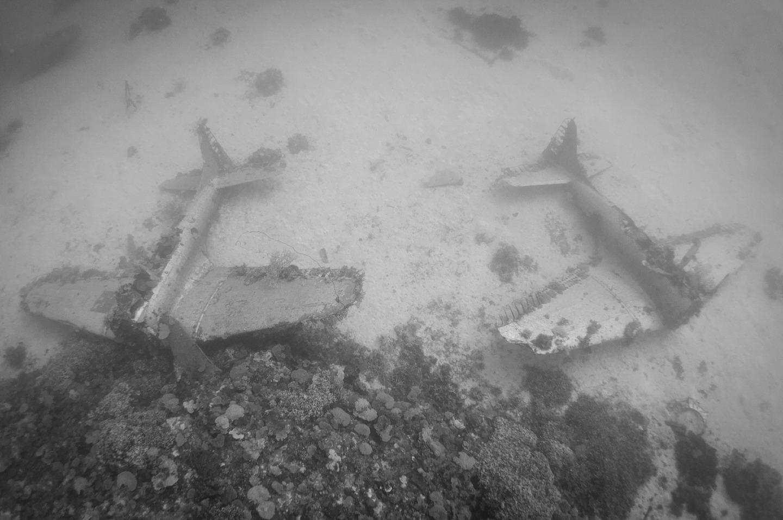 Avion Segunda Guerra Mundial bajo el agua 2