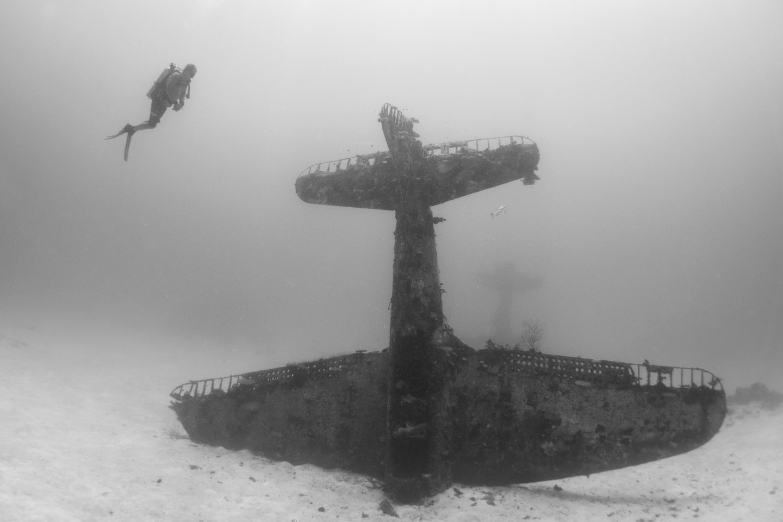 Avion Segunda Guerra Mundial bajo el agua 4