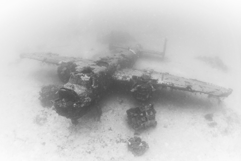Avion Segunda Guerra Mundial bajo el agua 7