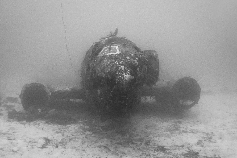 Avion Segunda Guerra Mundial bajo el agua 9