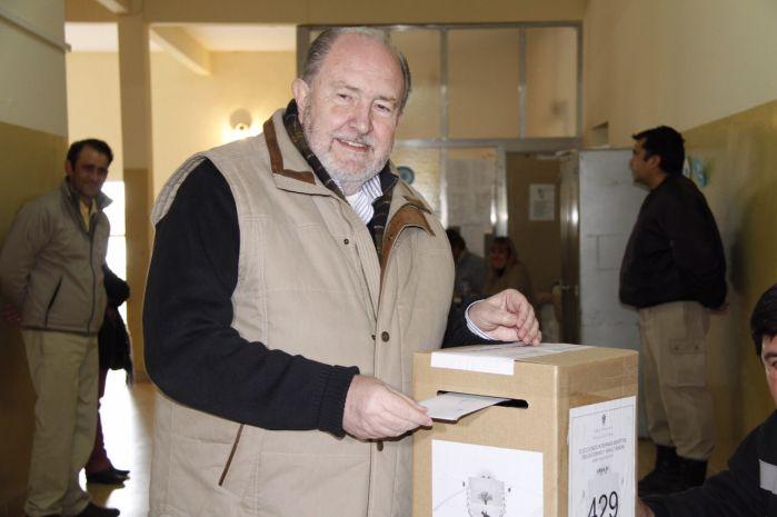 Gobernador de La Pampa, Carlos Verna
