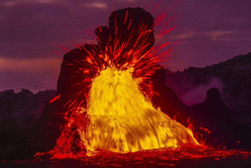 fotos-volcan-activo-kalapana-hawai-respiradero-puu-oo