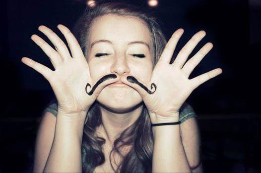 mujer bigote