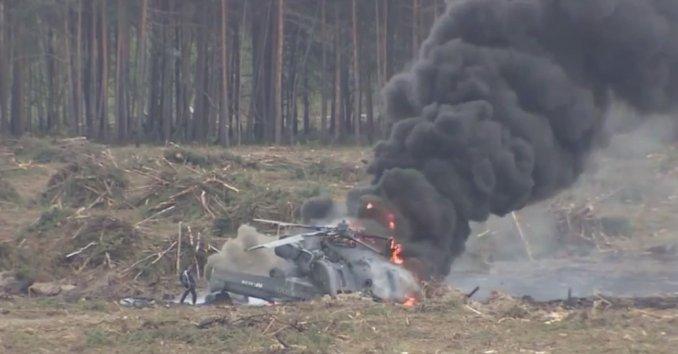 piloto-se-salva-choque-helicoptero