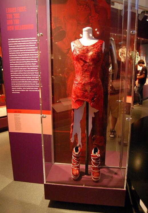 vestido de carne 2