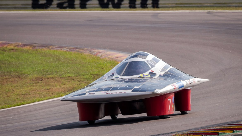 Auto Solar 7