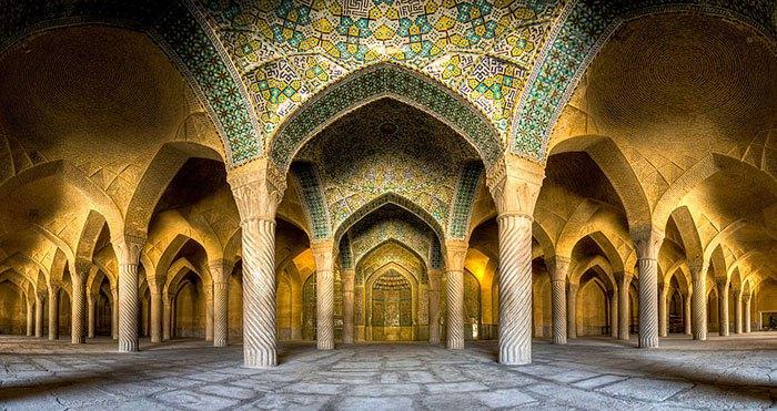 interior-mezquitas-iranies3