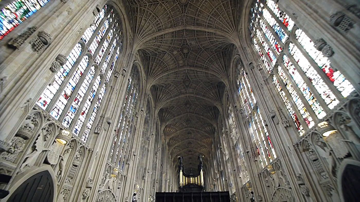 digital-projection-kings-college-chapel-cambridge-miguel-chevalier-14 (1)