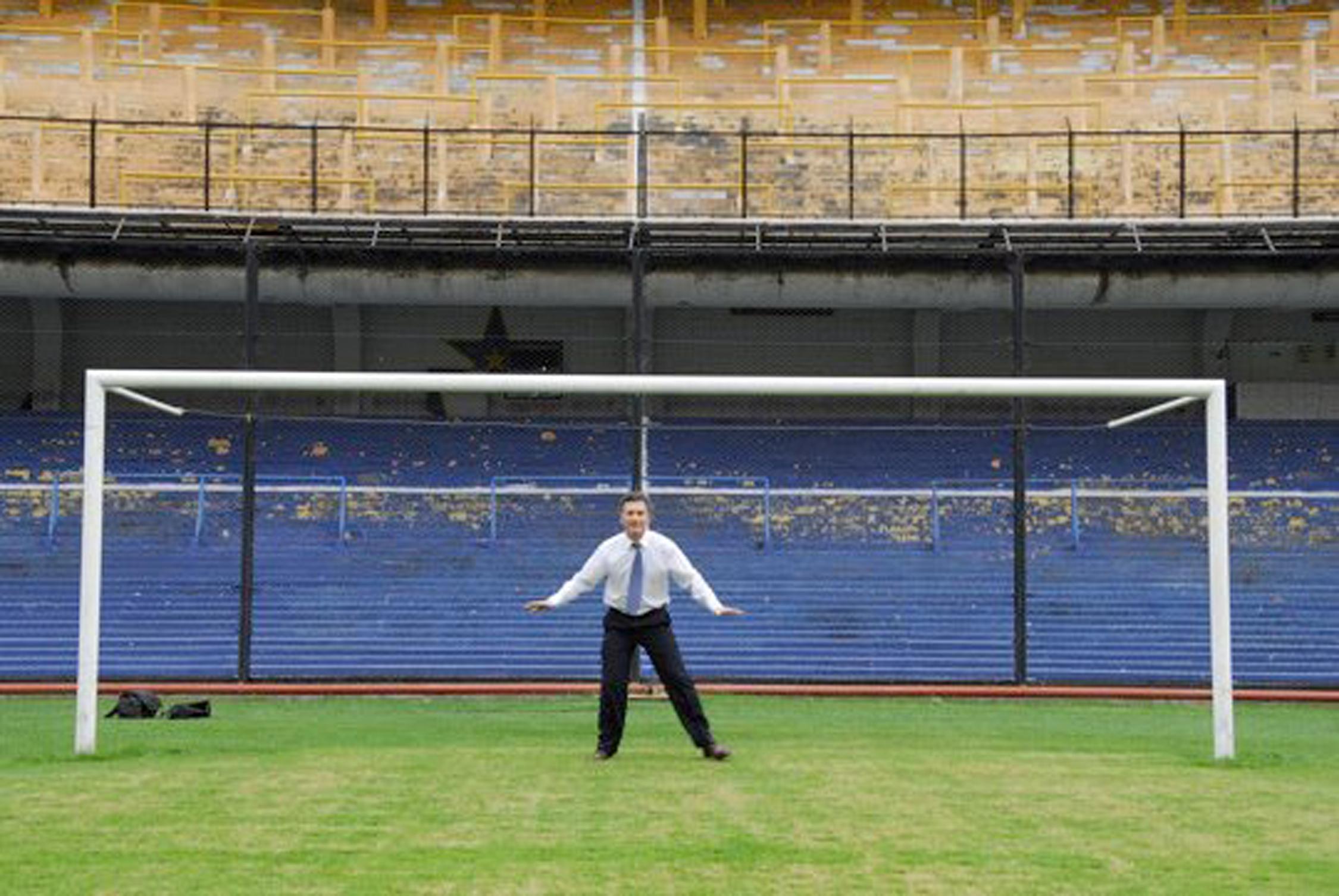 EL CANDIDATO PRESIDENCIAL, MAURICIO MACRI, ELEGIDO PRESIDENTE DEL CLUB BOCA JUNIORS EN EL AÑO 1995
