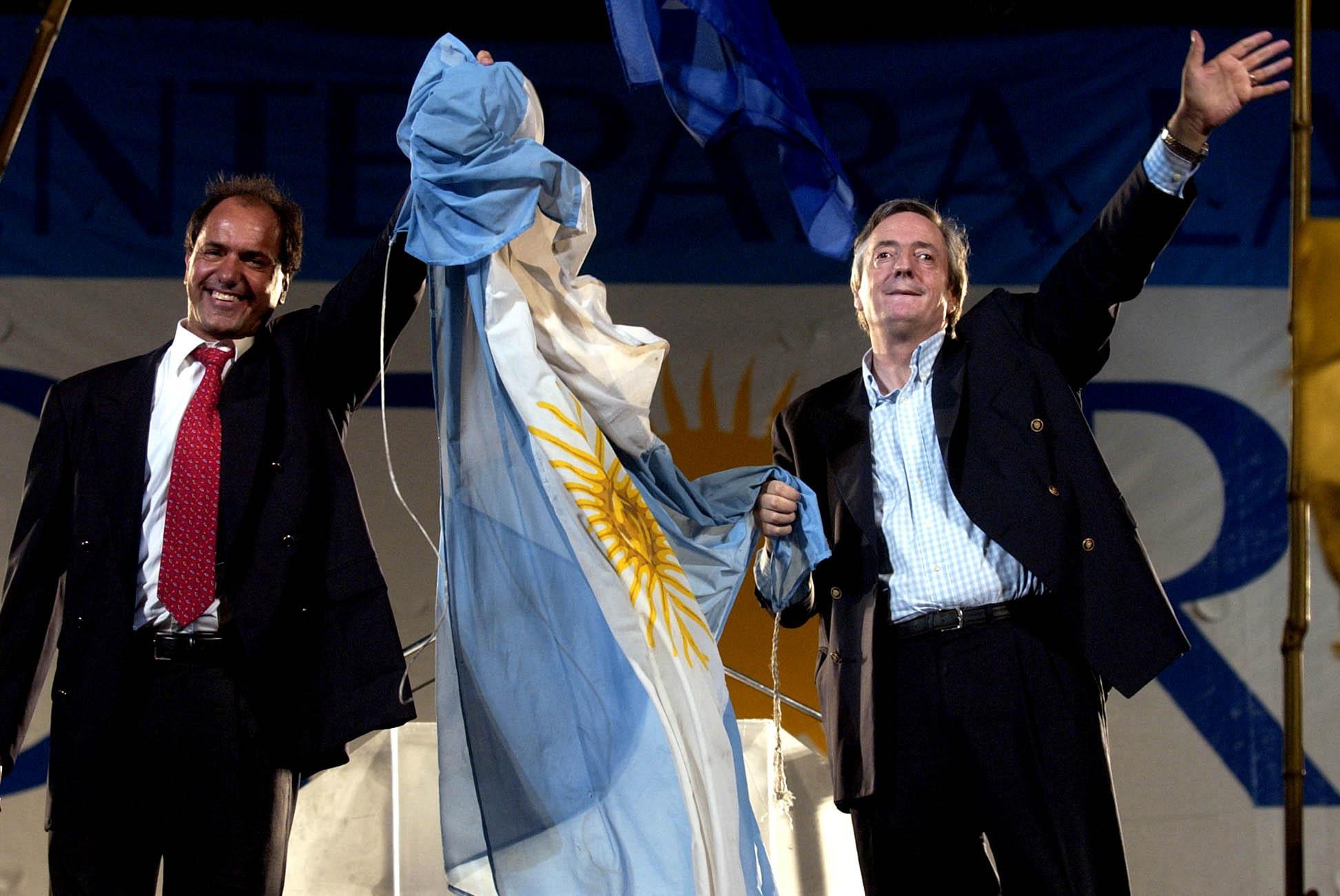 24/04/03, ACTO DE CIERRE DE CAMPAÑA A LA CANDIDATURA PRESIDENCIAL DE LA FORMULA KIRCHNER-SCIOLI