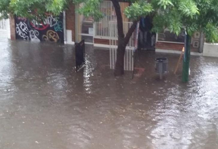 Inundación Cangallo y Almirante Brown