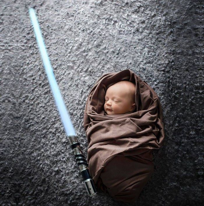 daughter-max-star-wars-fan-mark-zuckerberg-30__700
