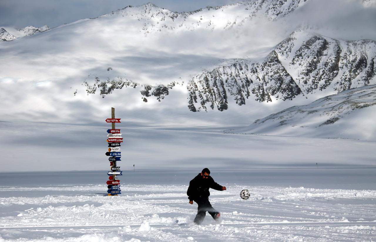 Futbol en la Antartida 3