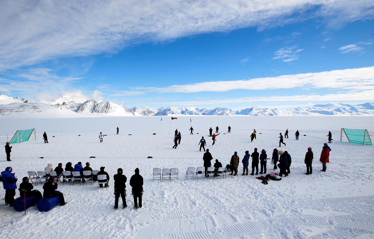 Futbol en la Antartida 4