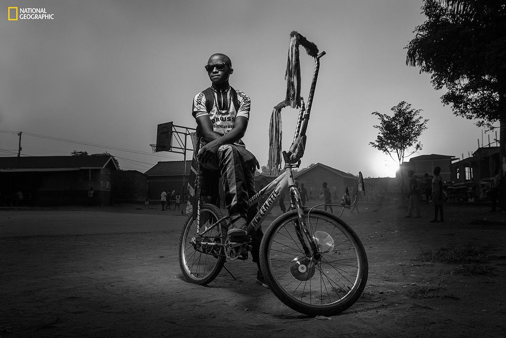En la categoría personas: Joel Nsadha, Uganda