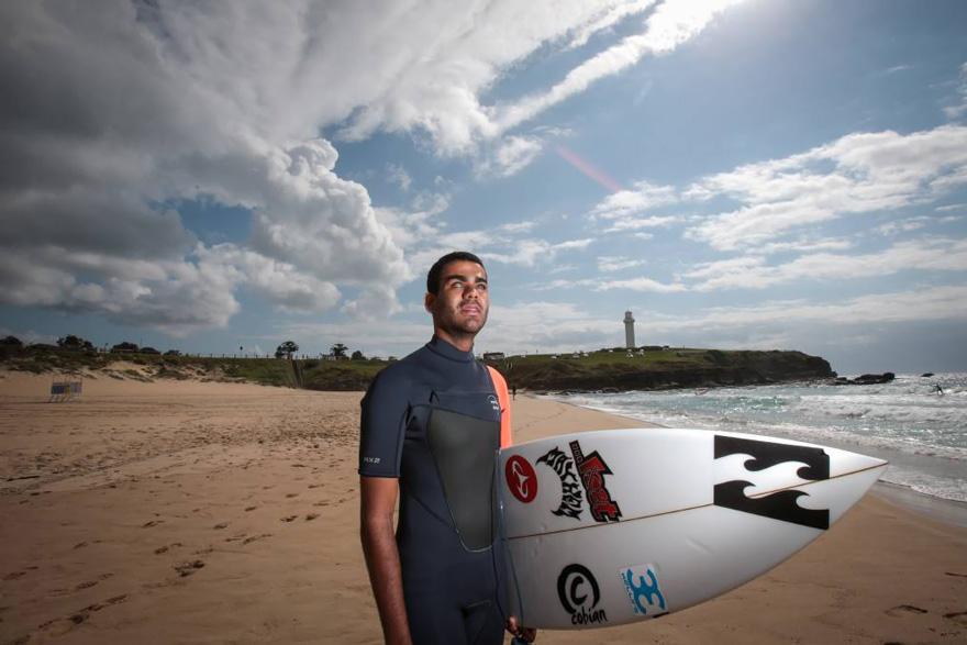 blind-surfer-derek-rabelo-brazil-15__880
