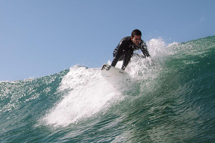 blind-surfer-derek-rabelo-brazil-20__880