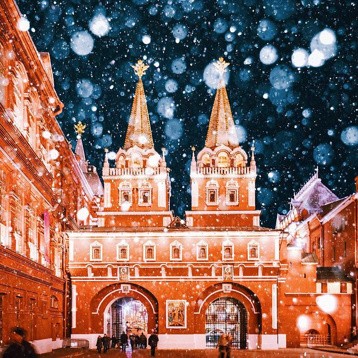 moscow-city-looked-like-a-fairytale-during-orthodox-christmas-9__700