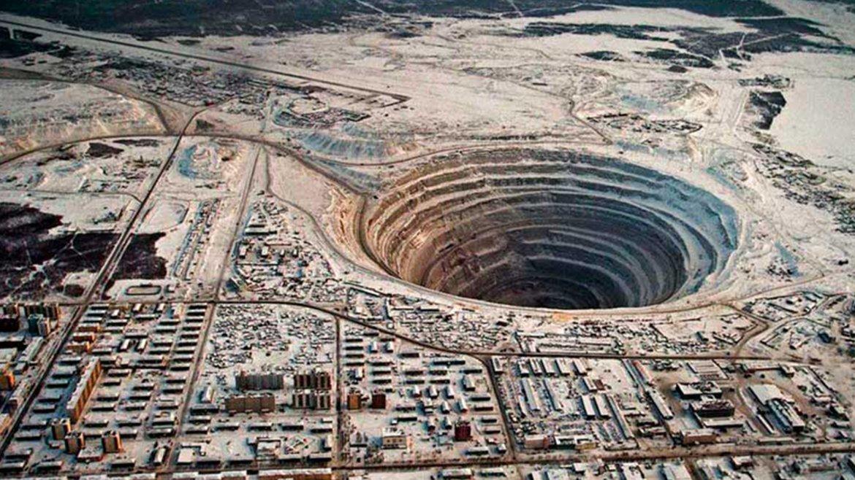 Mina de diamantes de Mirny. Siberia, Rusia
