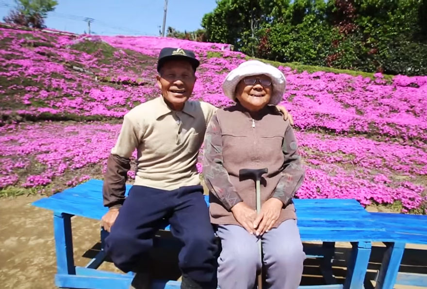 husband-plants-flowers-blind-wife-kuroki-shintomi-30